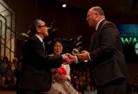 20100714_dr-ogawa-award.jpg
